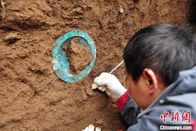 Ancient tomb group discovered in Shaanxi