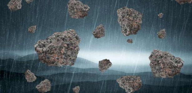 Fenomena Alam Hujan Batu