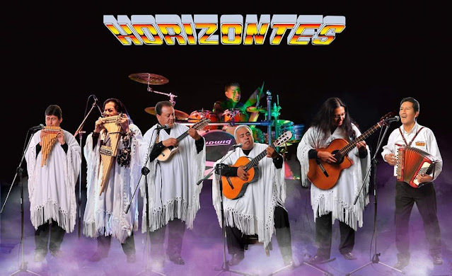 Cantándole a Sucre en estos 212 años de libertad en escenario Grupo Horizontes. (trasmisión en vivo)