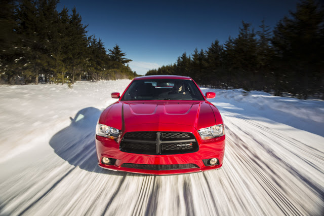 2013 Dodge Charger AWD Sport Front