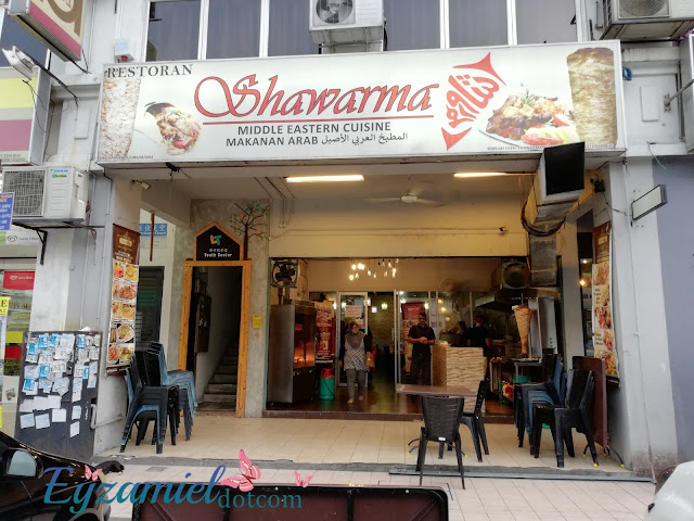 Makanan Arab di Restoran Shawarma Taman Connought, Cheras