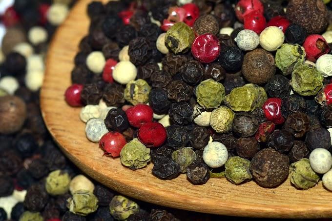 Peppercorns- Black Pepper, White Pepper And Green Pepper