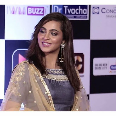 Arshi Khan Wiki, Height, Weight, Age, Husband, Family and Biography