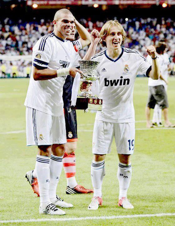 Real Madrid C.F : Juara Piala Super Spanyol 2012 - Tips ...