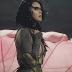 """Katy Perry lança clipe lindo, mas tedioso, para """"Rise"""""""