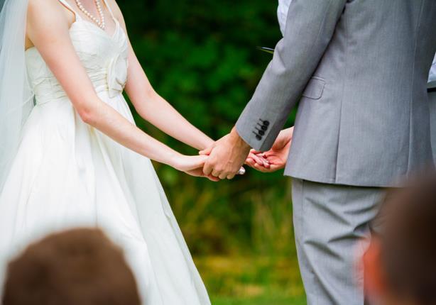 صدمة-عريس-حبيبته-السابقة-حضرت-زفافه-بفستان-الفرح-كالتشر-عربية