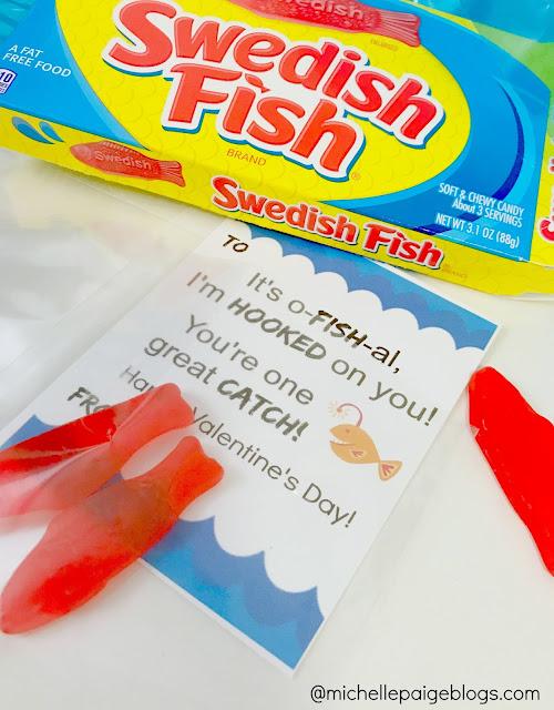 Fish Pun Printable Valentines @michellepaigeblogs.com