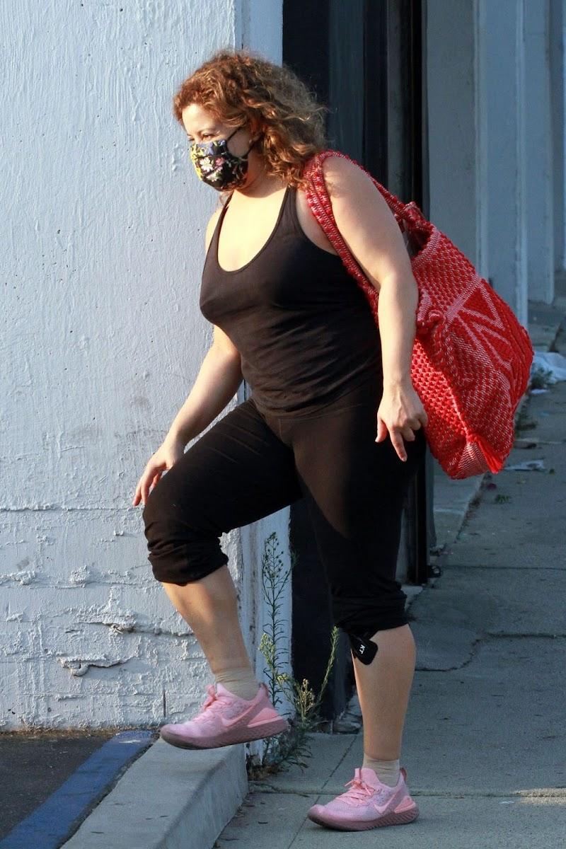 JUSJustina Machado Leaves a Dance Studio in Los Angeles 17 Sep- 2020
