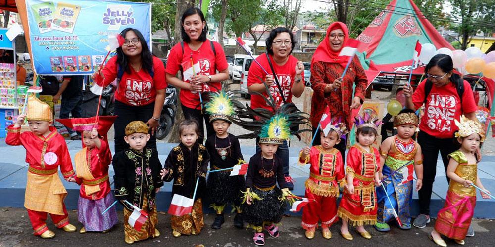 KB Kristen Kalam Kudus Surakarta Juara 1 Defile Costume