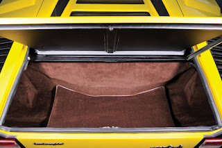 Lamborghini Countach LP400 Periscopio Baggage