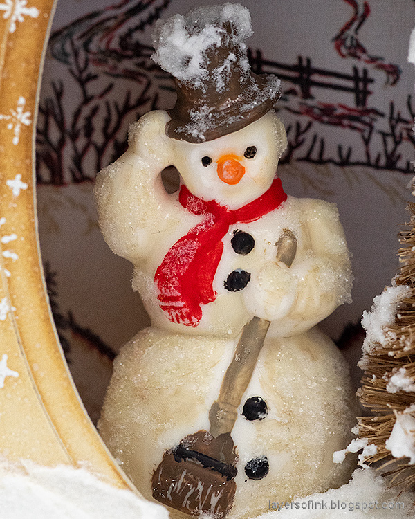 Layers of ink - Winter Wonderland Shadow Box Tutorial by Anna-Karin Evaldsson. Frosty salvaged snowman.