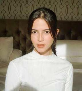 Biodata Juria Hartmans Model pemeran Iklan Neo Coffee Tiramisu