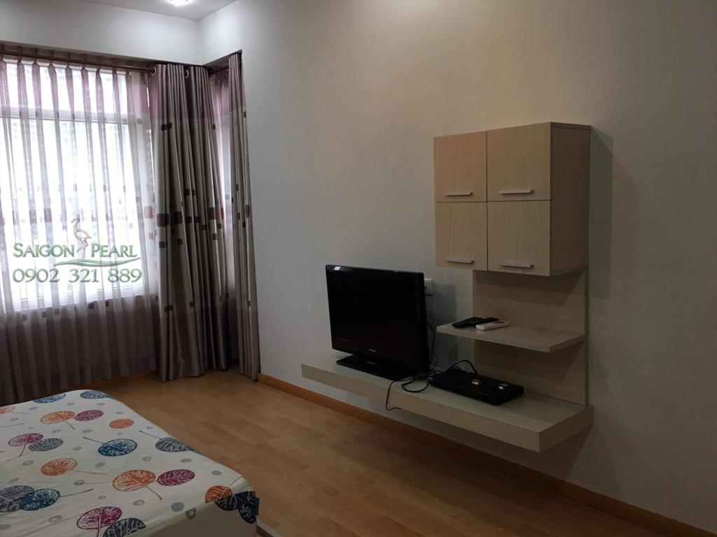 Topaz 2 Saigon Pearl cho thuê căn hộ 86m2 full nội thất tầng thấp giá rẻ - tivi tại phòng ngủ