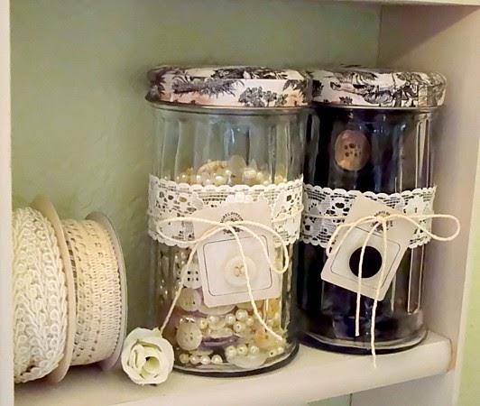 Alyssabeths Vintage: Shabby Chic Button Jars