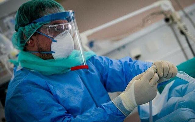 Ένα σημαντικό εργαλείο πρόγνωσης για το αν κάποιος θα νοσήσει ελαφριά ή βαριά από κορoνοϊό, το COMPASS-COVID-19 SCORE, πρόκειται σύντομα να προωθηθεί και να ενταχθεί στη λειτουργία των νοσηλευτικών ιδρυμάτων σε όλο τον κόσμο.