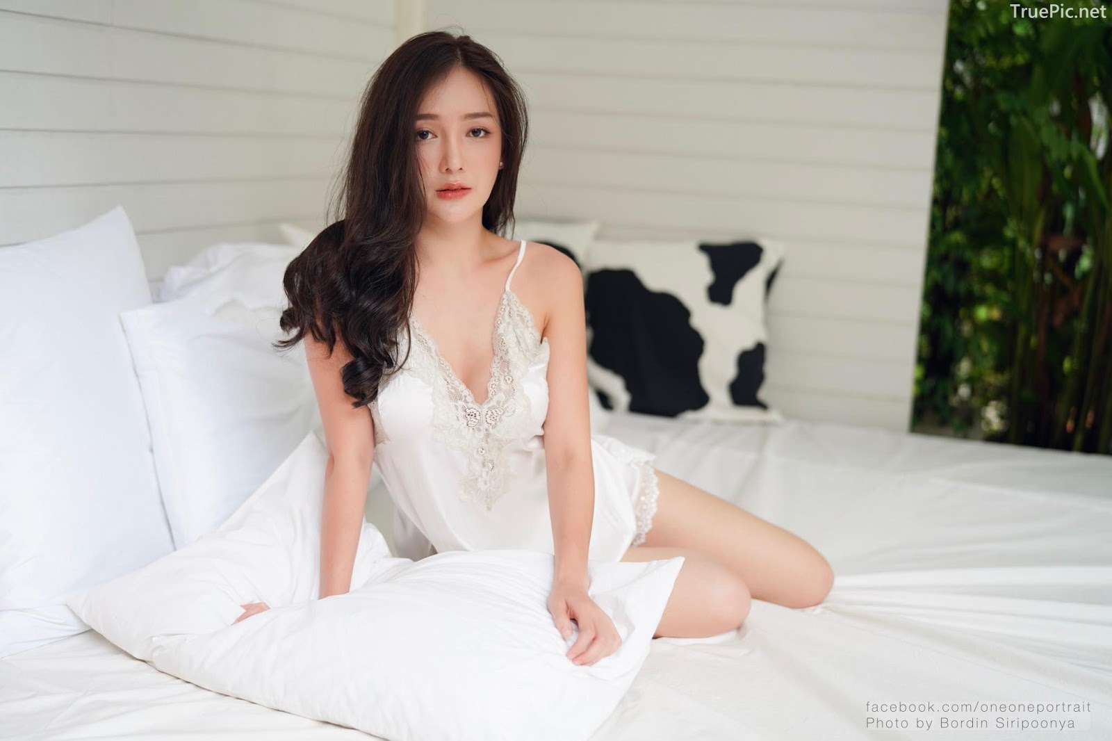 Thailand sexy model Rossarin Klinhom - Photo album Oversleeping - Picture 3