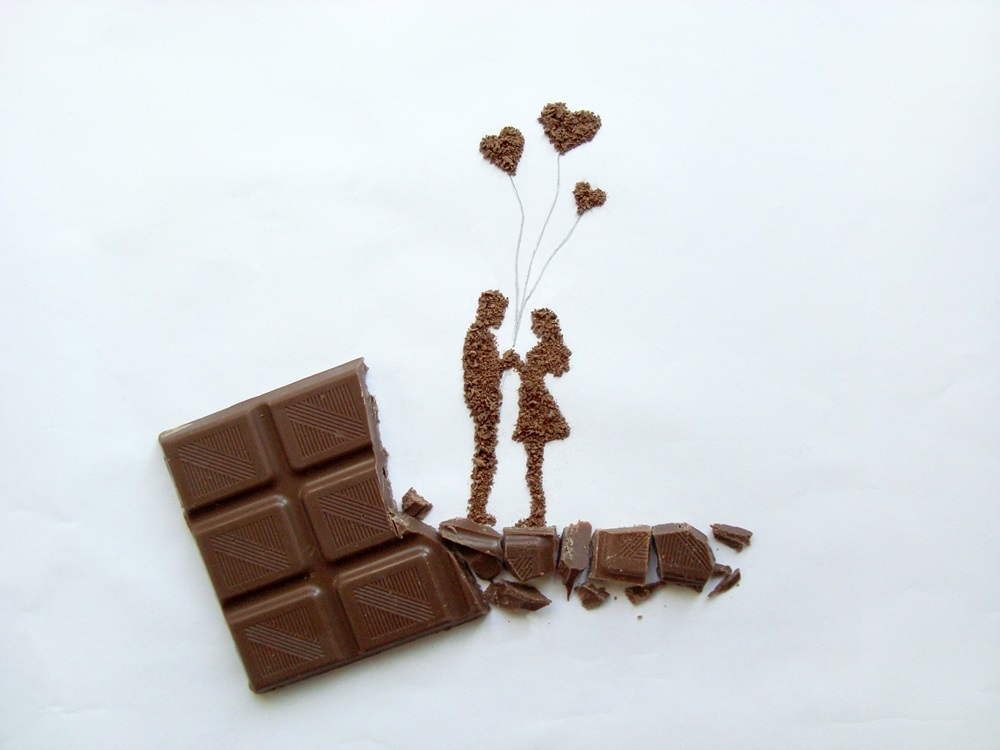 05-In-Love-Ioana-Vanc-Food-Art-using-Chocolate-Vegetables-and-Fruit-www-designstack-co