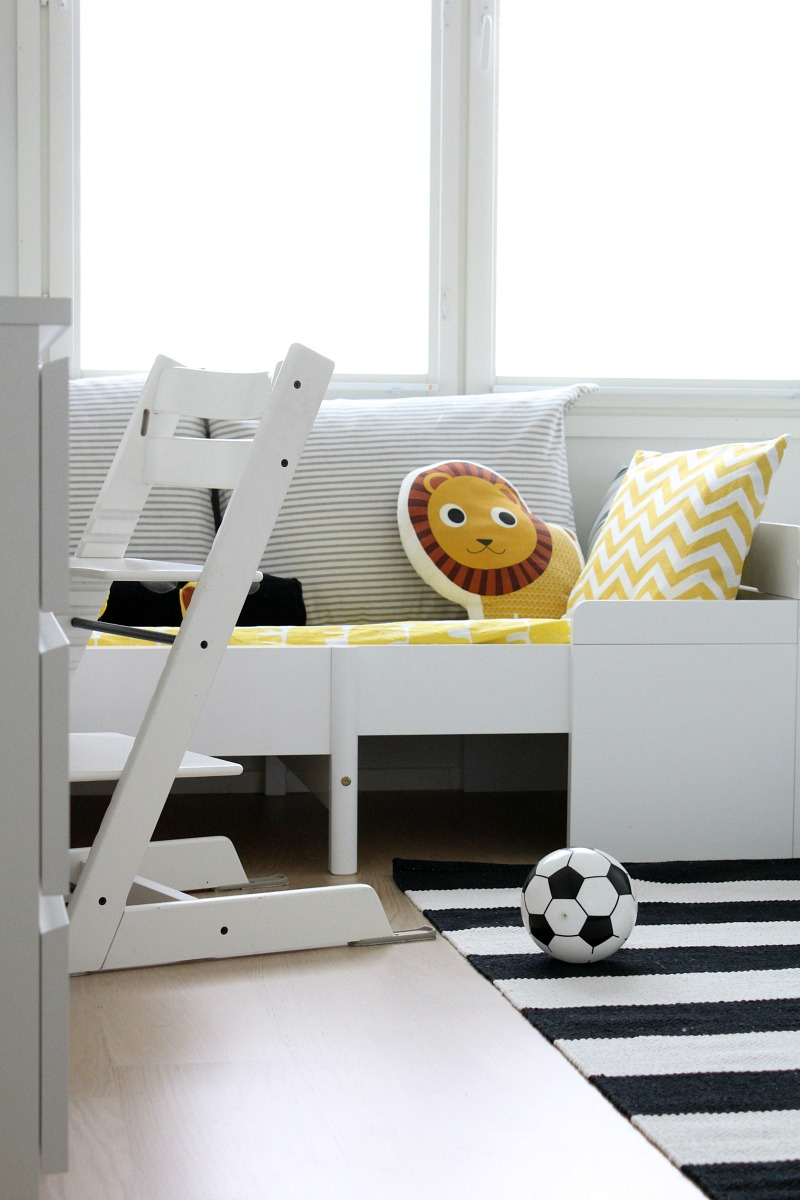 stokke tripp trapp valkoinen lastenhuone