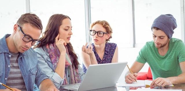 Sinh viên trong tiếng Anh là gì? Sinh viên năm cuối tiếng Anh là gì?