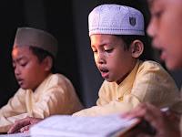 Adab Mengagungkan dan Memuliakan Al Qur'an