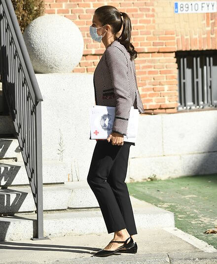 Queen Letizia wore Hugo Boss Keili collarless tweed jacket and Hugo Boss Bella ballerina pumps with asymmetric strap, Boss trousers and sweater