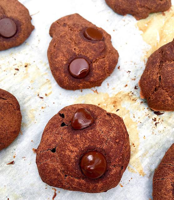 Super Easy Gluten Free and Vegan Brownie Cookies