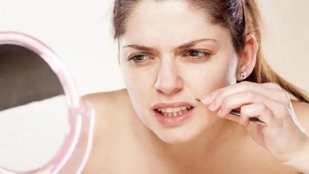 طريقة بسيطة لإزالة الشعر الزائد من الوجه بشكل نهائي