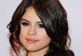 Selena-Gomez-revelou-tem-lupus