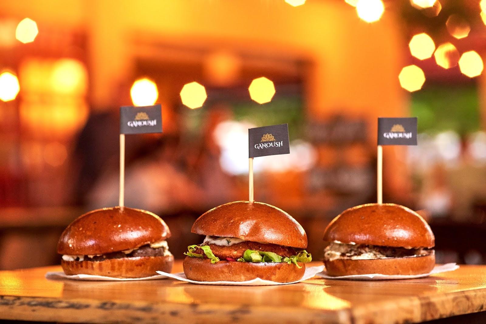 Ganoush lança três sabores de hambúrguer com toque árabe