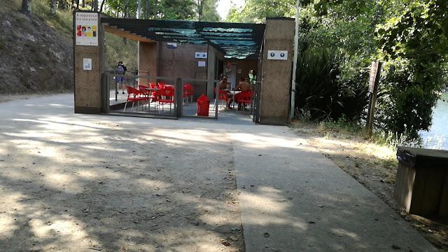 Bar da Praia Fluvial da Albufeira da Queimadela