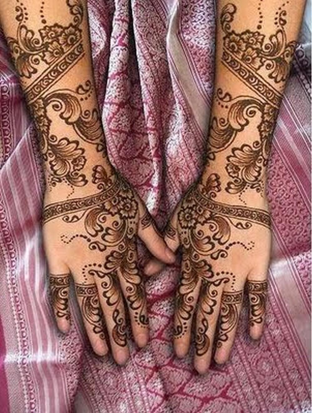 Mehndi style  La...Latest Arabic Mehndi Designs 2011 For Hands