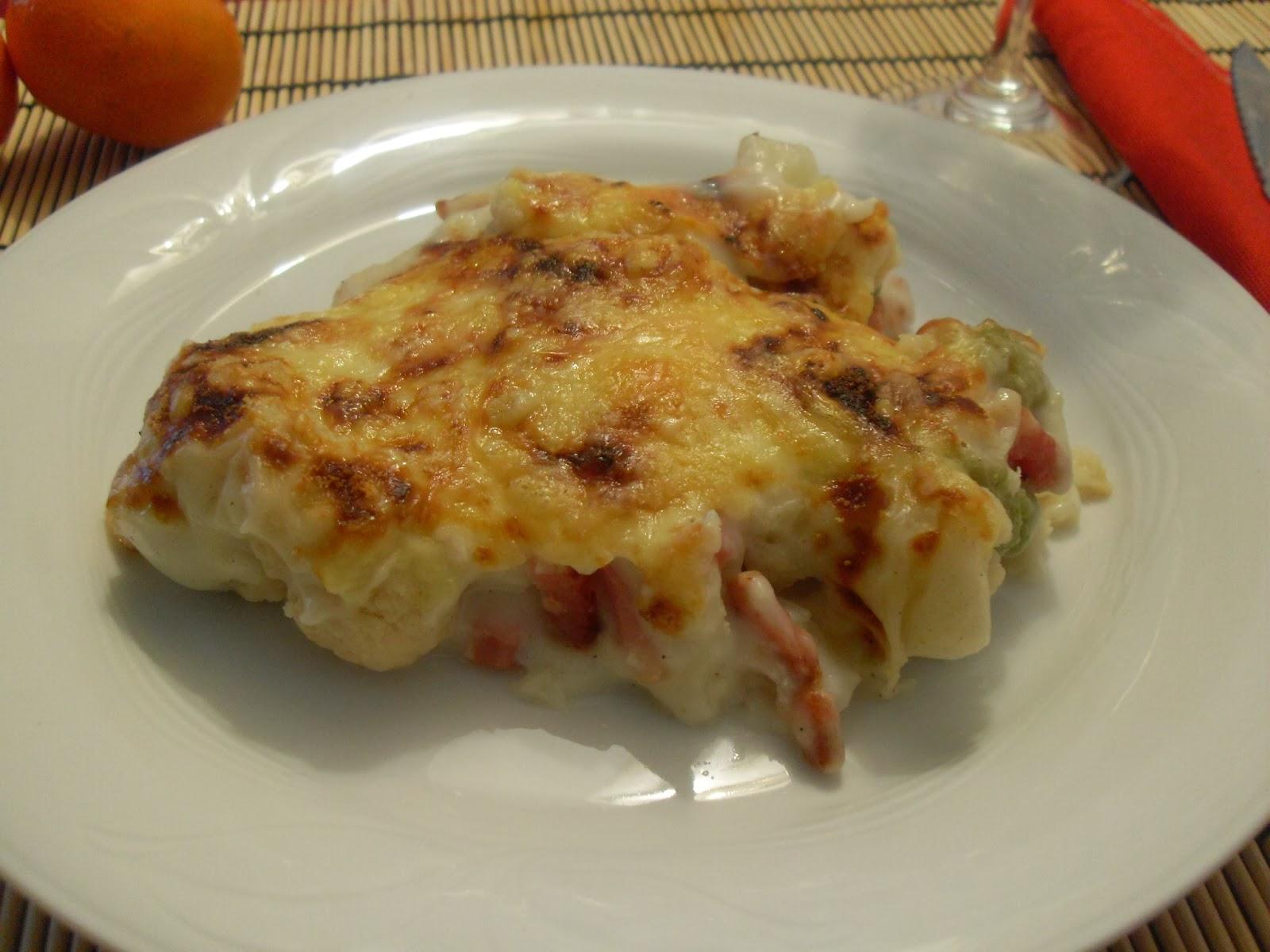Coliflor y brócoli gratinado con queso sin lactosa.