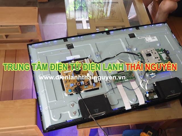 Hình ảnh sửa tivi Toshiba tại thái nguyên
