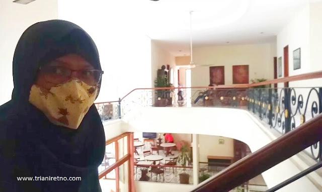 Staycstion di Hotel Puri Lotus
