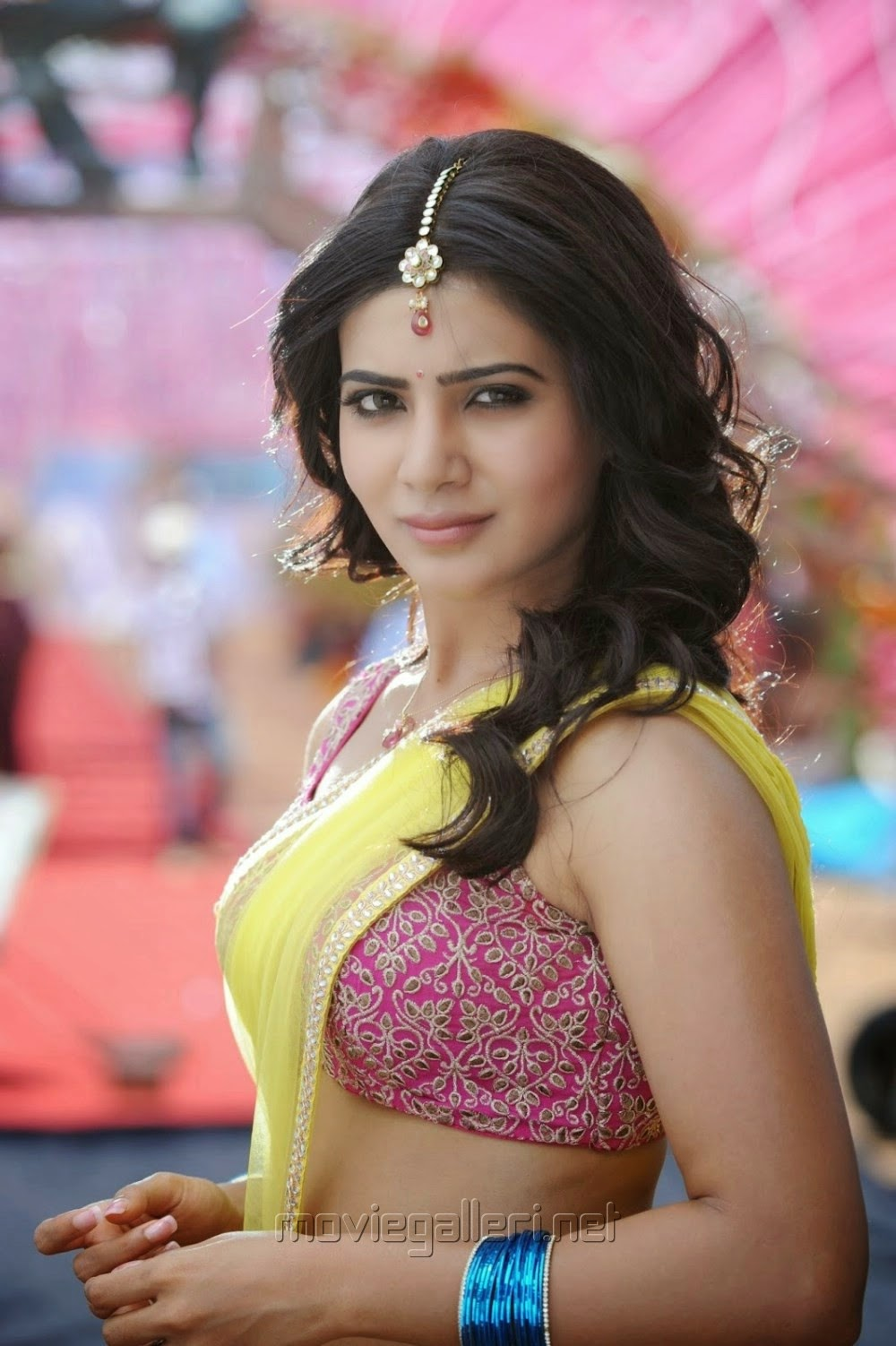 Cute Wallpaper In Twitter Samantha Hot Images In Ramayya Vasthavayya Movie Great