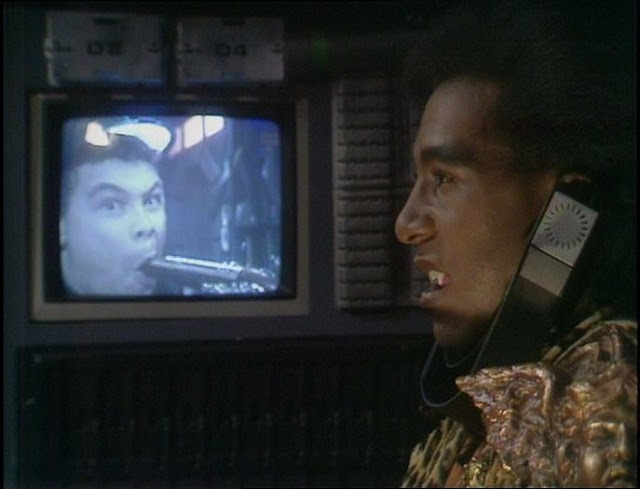 """Lister and Cat in """"Bodyswap"""" from Red Dwarf III"""