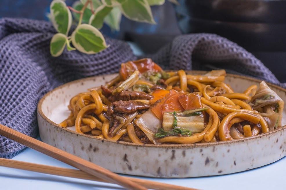 Aprenda a fazer uma refeição prática e barata em dez minutos