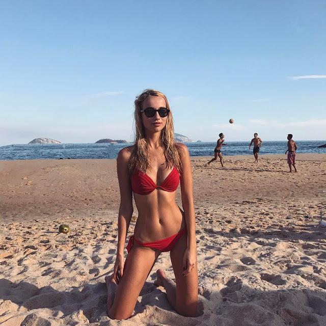 Cute Beach Babe Nadal De Vries Gentleman S Style