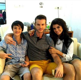 Foto Cole Gribble dengan Orangtuanya