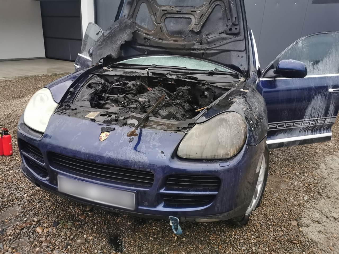 incendiu Porsche Bosanci, 11 iunie 2020