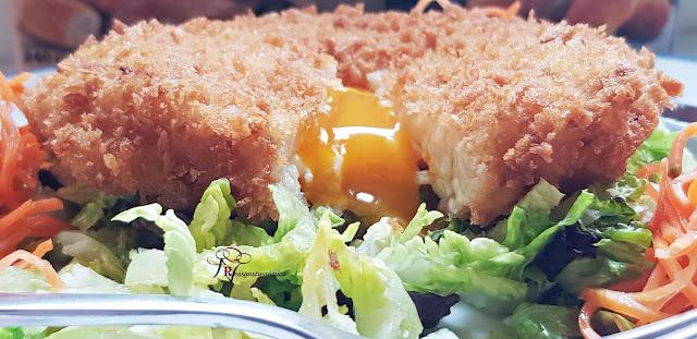 Huevo frito escondido