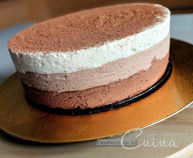 Mousse Tres Xocolates, Postre, l'essència de la Cuina, blog de cuina de la sonia, Mousse de tres chocolates