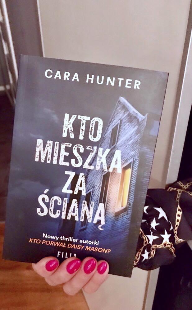 Cara Hunter - Kto mieszka za ścianą?