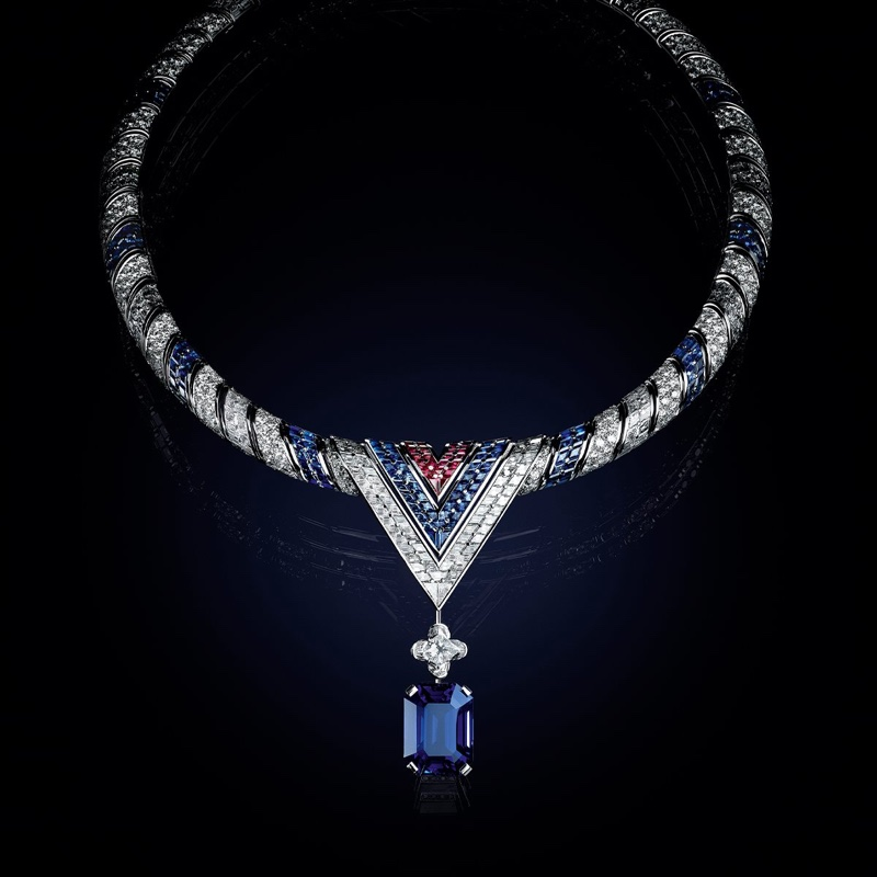 The Arrow Necklace from Louis Vuitton Bravery High Jewelry collection.