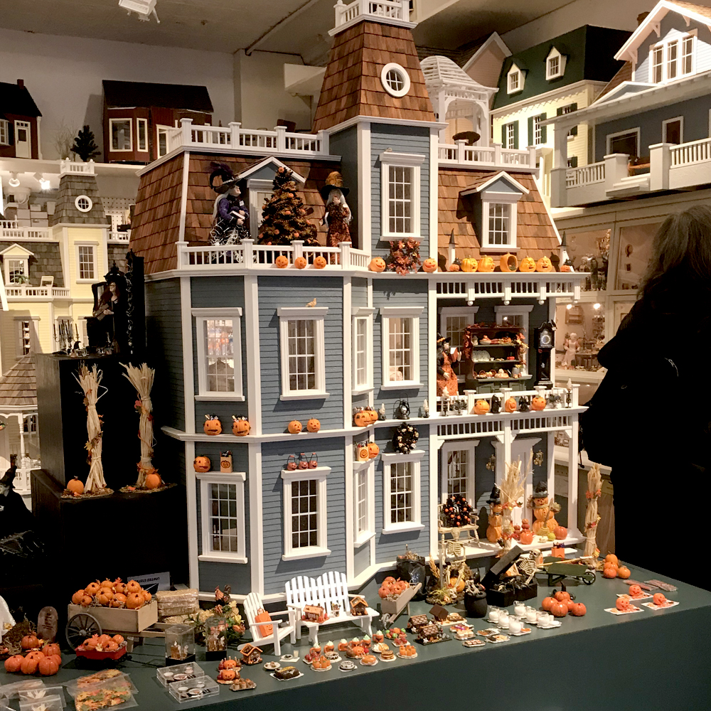 Tiny Doll House - New York, New York - Local Business ...