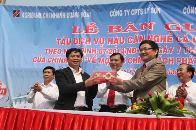 Lễ bàn giao tàu cho Công ty cổ phần thủy sản Lý Sơn