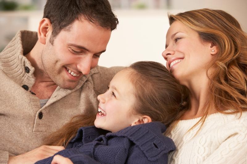 Baba ile kurulan sağlıklı ilişki tüm yaşama olumlu katkı sağlıyor