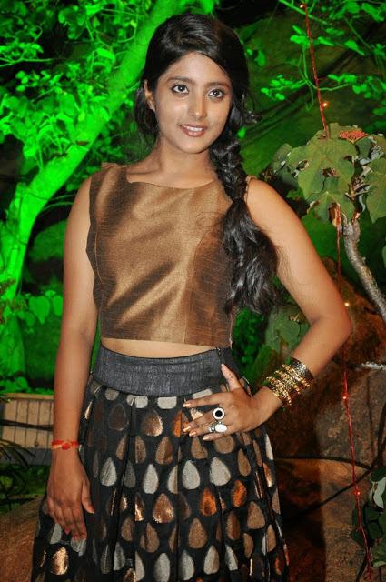 Ulka Gupta Photos
