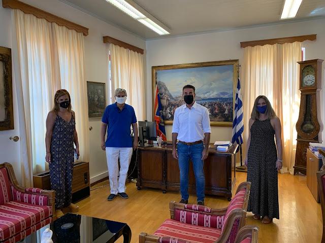 Συνάντηση του Δημάρχου Ναυπλιέων με τους Διευθυντές Πρωτοβάθμιας και Δευτεροβάθμιας Εκπαίδευσης Αργολίδας