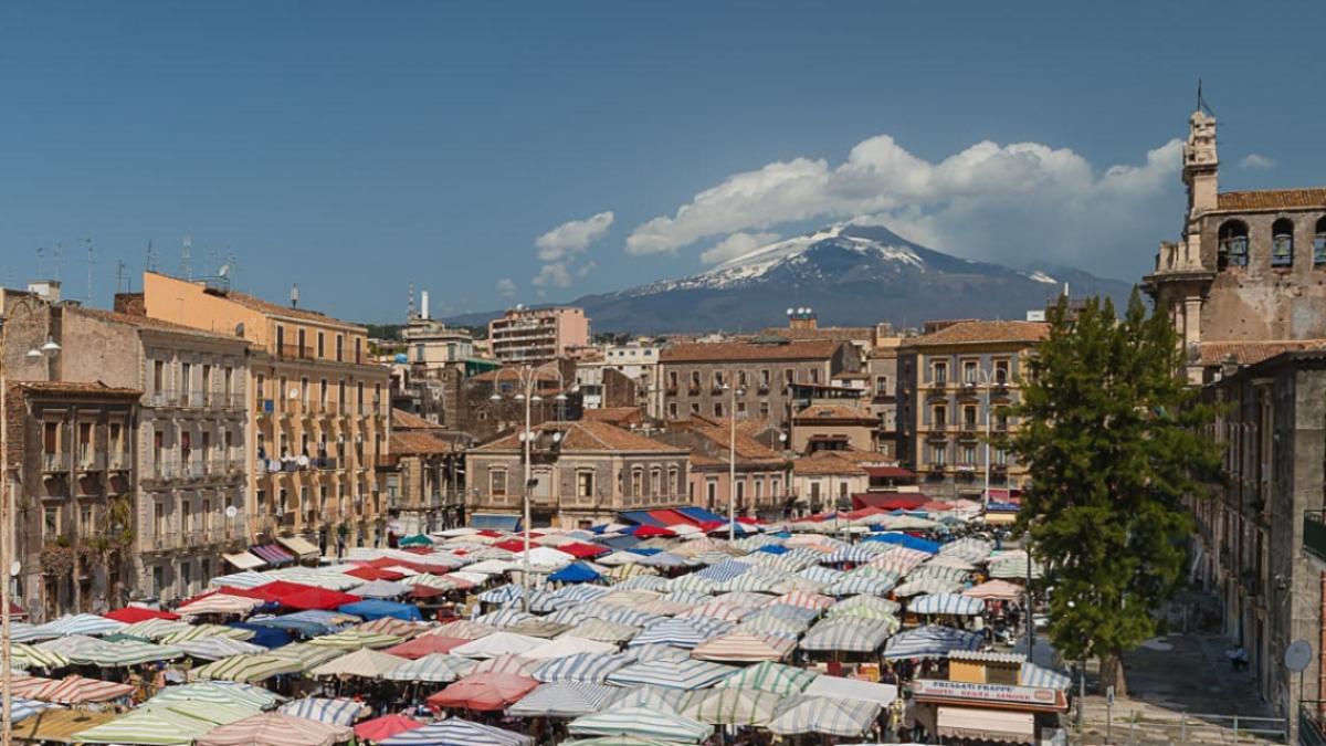 Fera o luni Catania